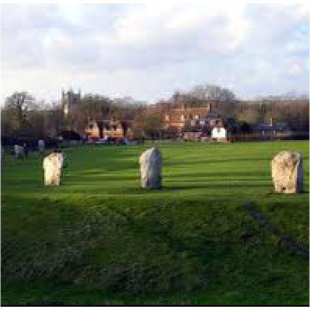 Avebury Village, England in Wiltshire: Very close to