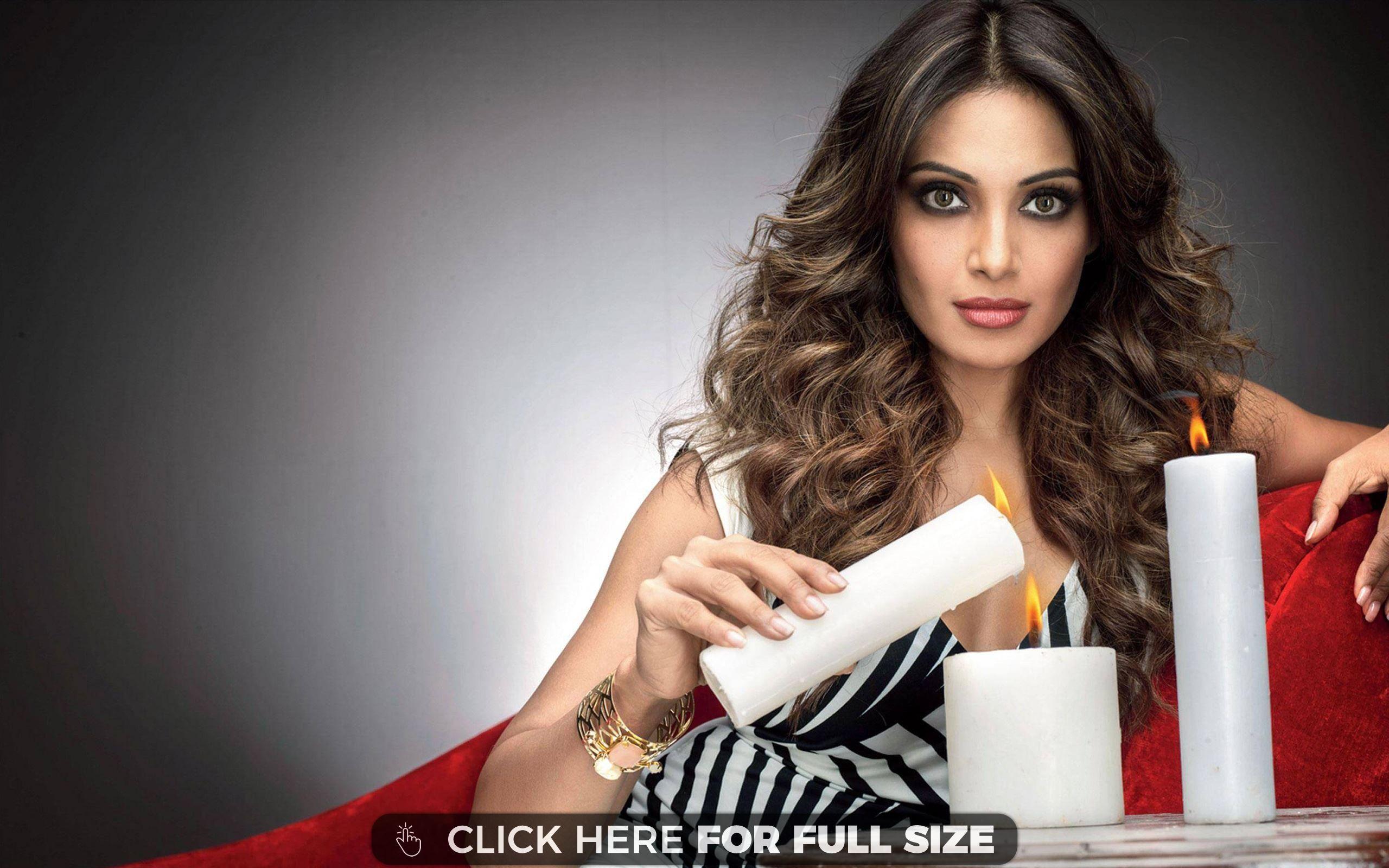 Bipasha Basu Bollywood Desktop Wallpapers Pinterest
