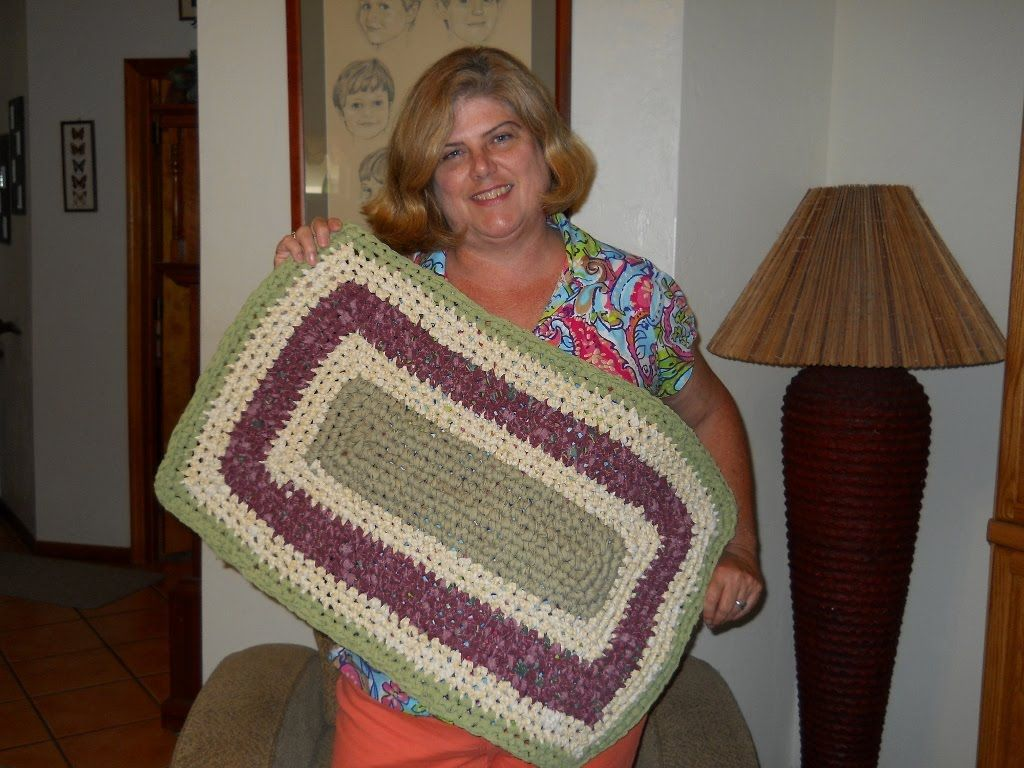 This Video Is A Tutorial On How To Make Rectangle Crochet Rag Rug Out Of