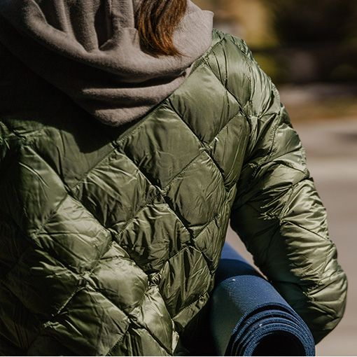 b3712f8a6 Patagonia Prow Bomber Down Jacket - Women's | Train Into Winter in ...