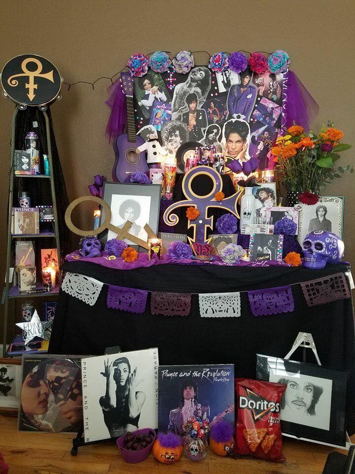 Altar de difuntos Prince
