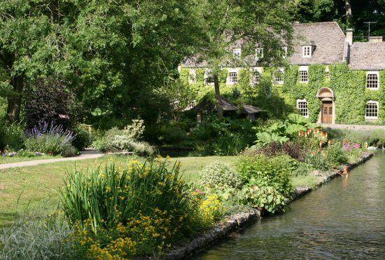 Bibury Trout Farm And The Swan Hotel Bibury Swan Hotel Trout Farm England