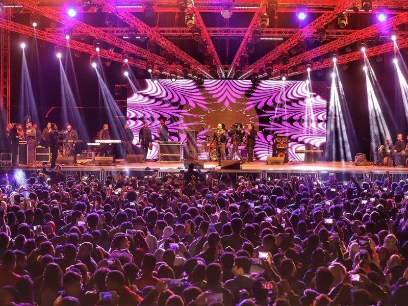العسيلى يشعل التجمع الخامس فى حفل كامل العدد بليلة رأس السنة Concert
