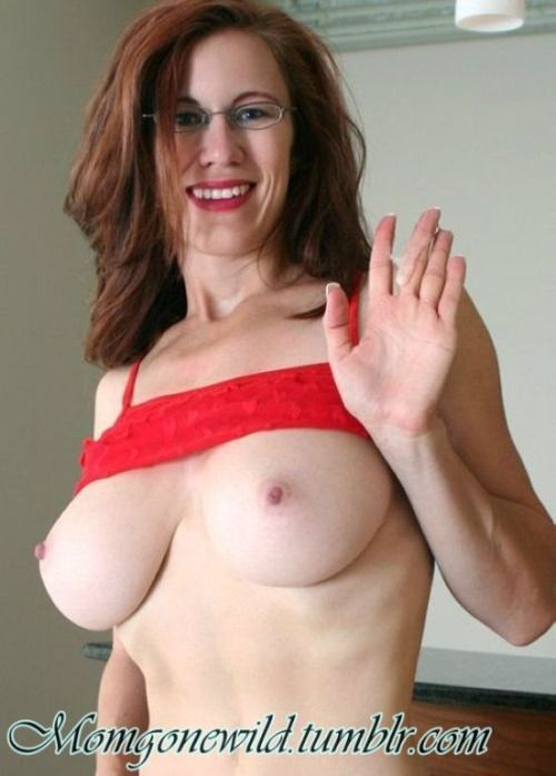 Milf Mom Mature Panosundaki Pin