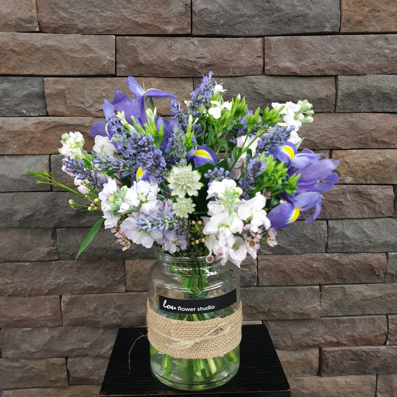 mason jar flower arrangements delivery