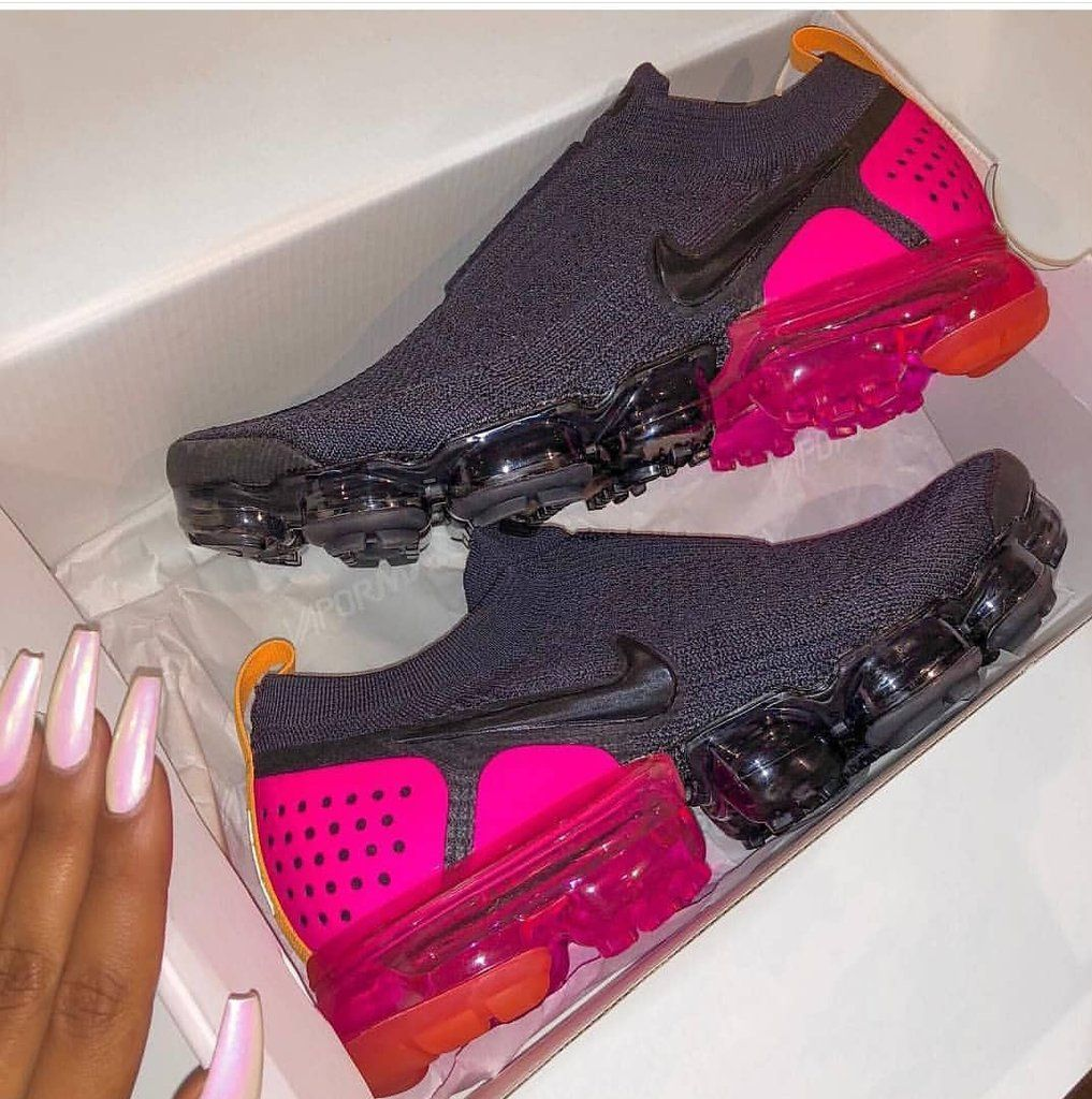 new product be0d0 2ef5b Vapormax Moc PinkBlast – Simply Boutiq 123 | Shoes | Shoes ...