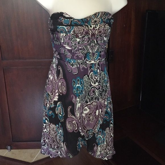 Free People dress Free people super cute strapless dress.  Never worn... Perfect for now and for the fall.  Great colors! Free People Dresses