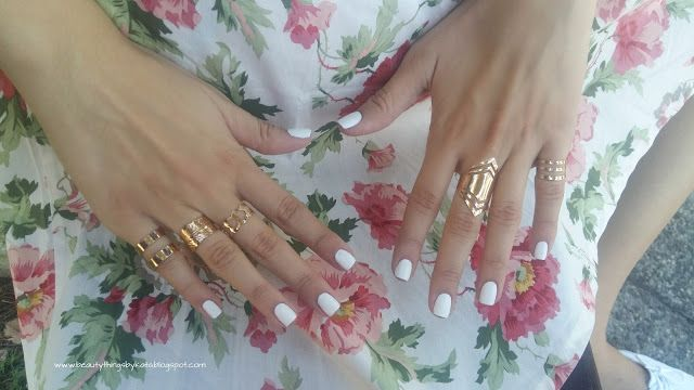 #nail #nailpolish #essence #nailpolish #rings #zaful #rings #manicure #swatch #elegant