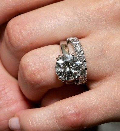 Avril Lavigne And Her Round Diamond Engagement Ring Band