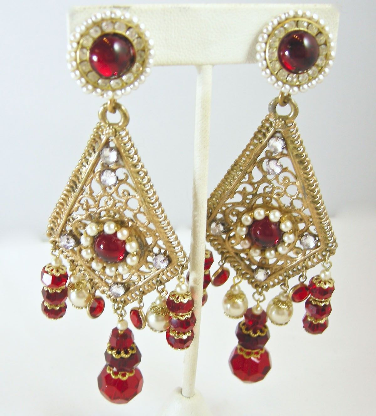 Vintage signed bobley red beads and faux pearl chandelier vintage signed bobley red beads and faux pearl chandelier earrings http arubaitofo Gallery