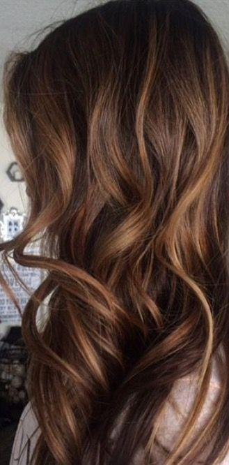 Color de pelo de castaño 40 Castaño, Peinado fácil y Color de pelo