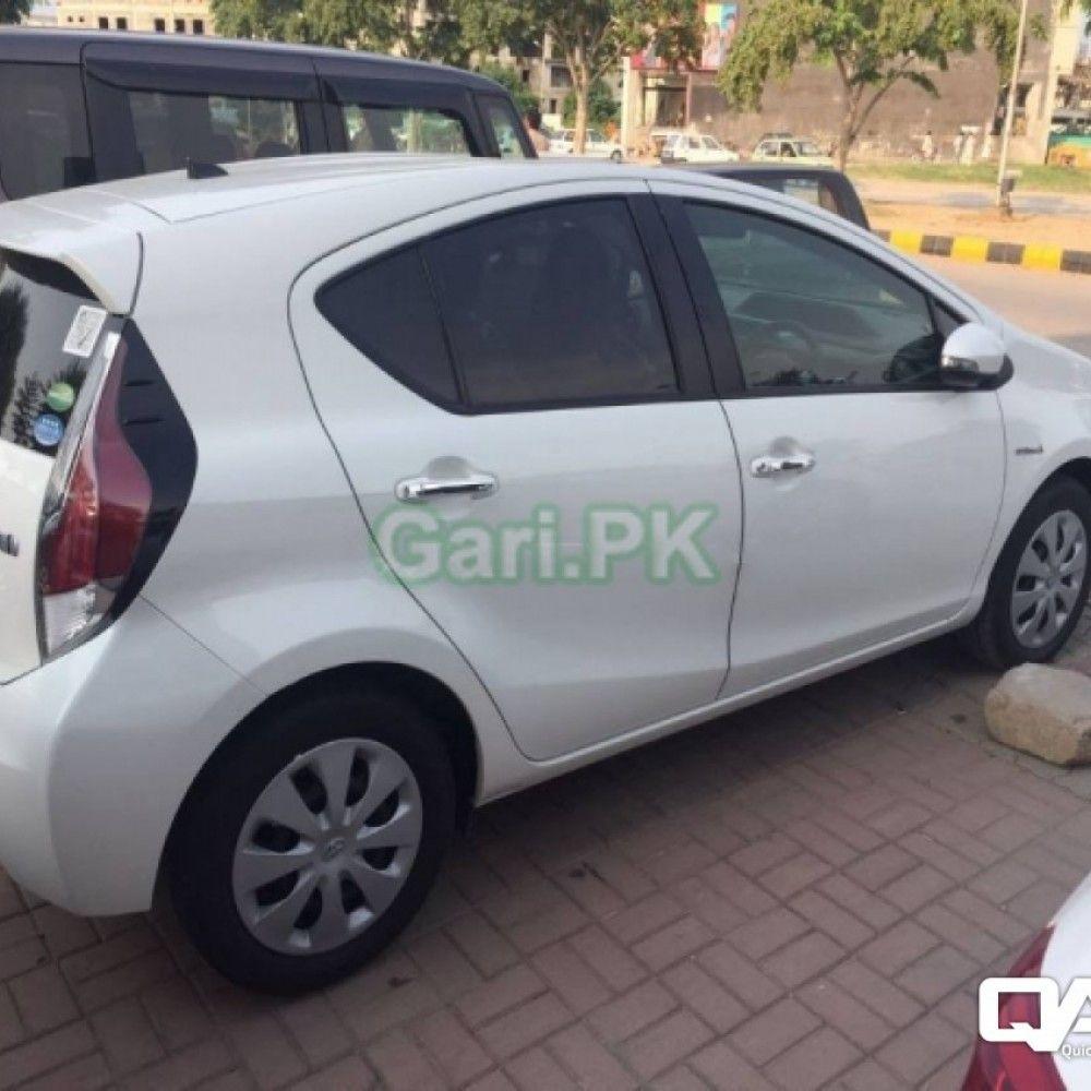 Reg City Islamabad Price 2000000 Rs Color White Body Type Sedan Engine Https Www Quicklyads Pk Toyota Aqua S Toyota Car Features Anti Lock Braking System