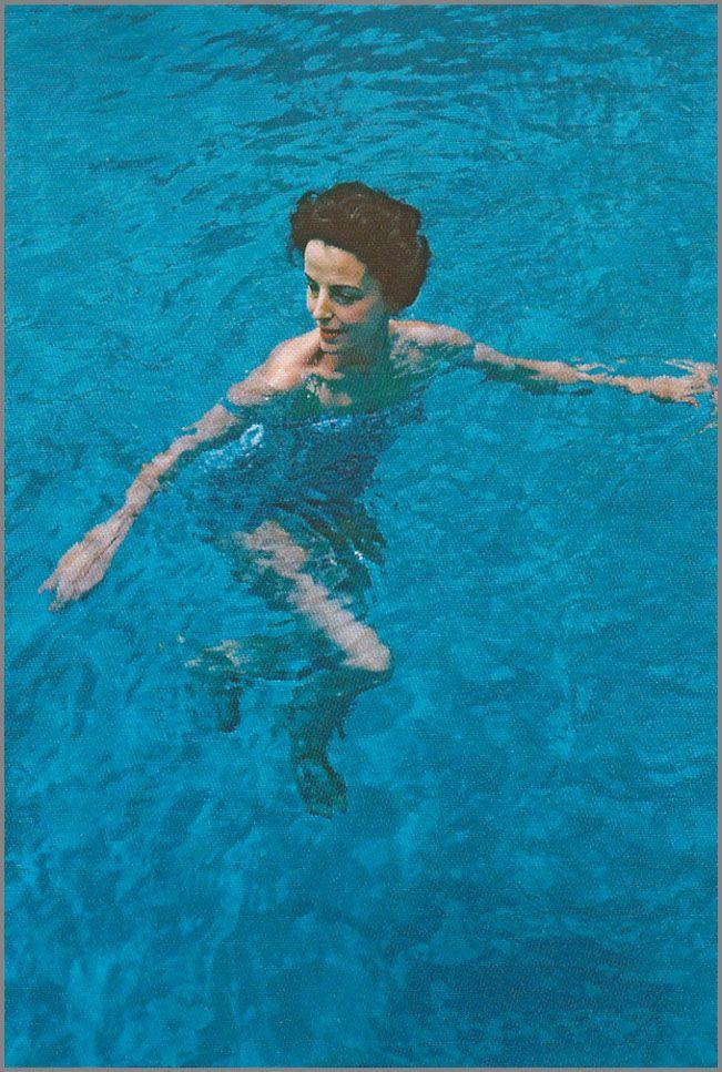 by photographer Slim Aarons | Palm Beach | 1959
