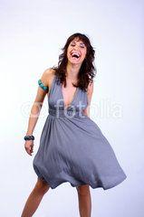 lachende Frau Kleid Schmuck Wind - Woman smile dress