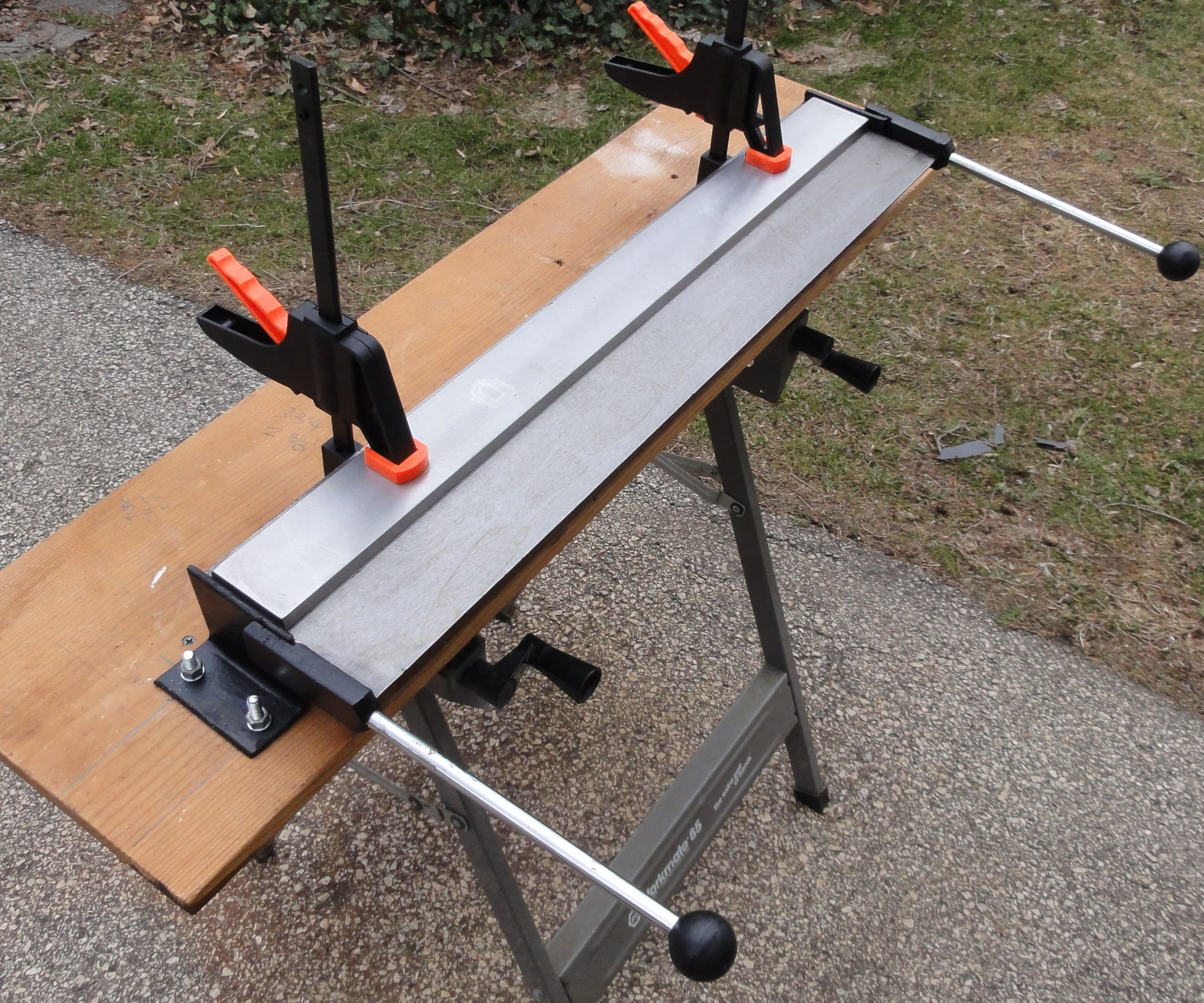 I Purchased A 30 Quot Metal Bending Brake From Harbor Freight Model 67240 For A Small Project I Needed To Comple Metal Bending Sheet Metal Brake Sheet Metal