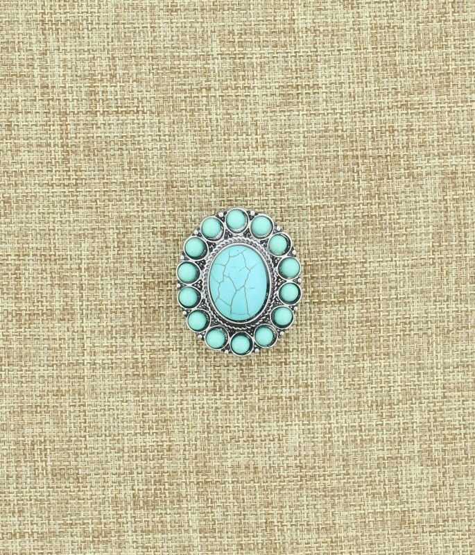 Large Turquoise Oval Medallion Ring #WesternJewelry #WesternAccessories #WesternFashion #WesternStyle #CowgirlChic #WesternChic