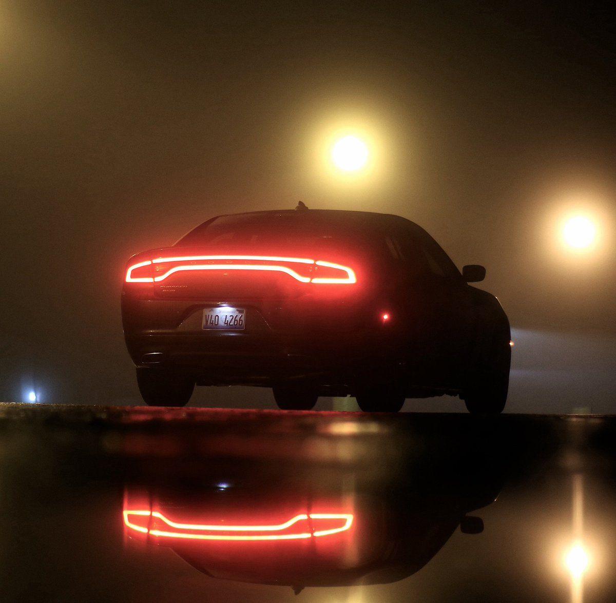 Dodge Challenger (@DodgeChaIIenger)