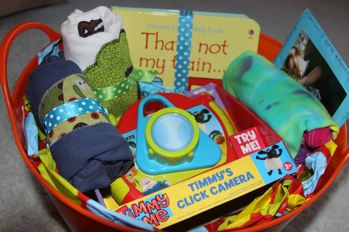 Pin By Jamie Brewer On Crafts Baby S First Birthday Gifts First Birthday Gifts Birthday Gift Baskets