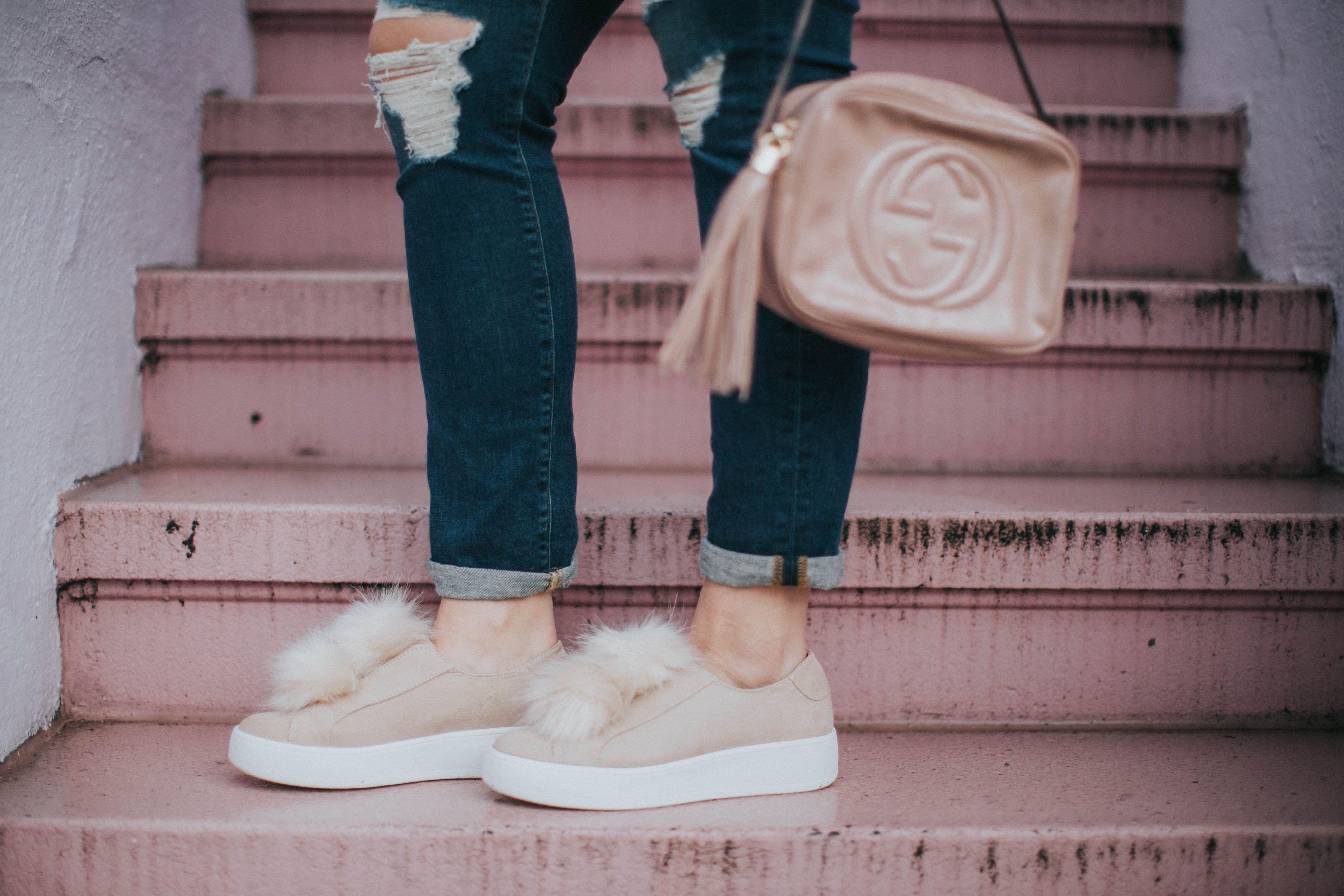13fb0ae65e7 Pom Pom sneakers