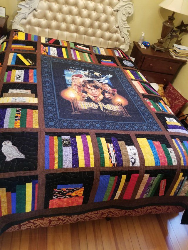 My grandma made this Harry Potter bookshelf quilt for me. It is beyond words! I love it! : harrypotter