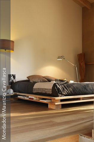 Betten selber bauen So geht\u0027s! Pinterest Bedrooms, Bed frames - schlafzimmer kiefer massiv