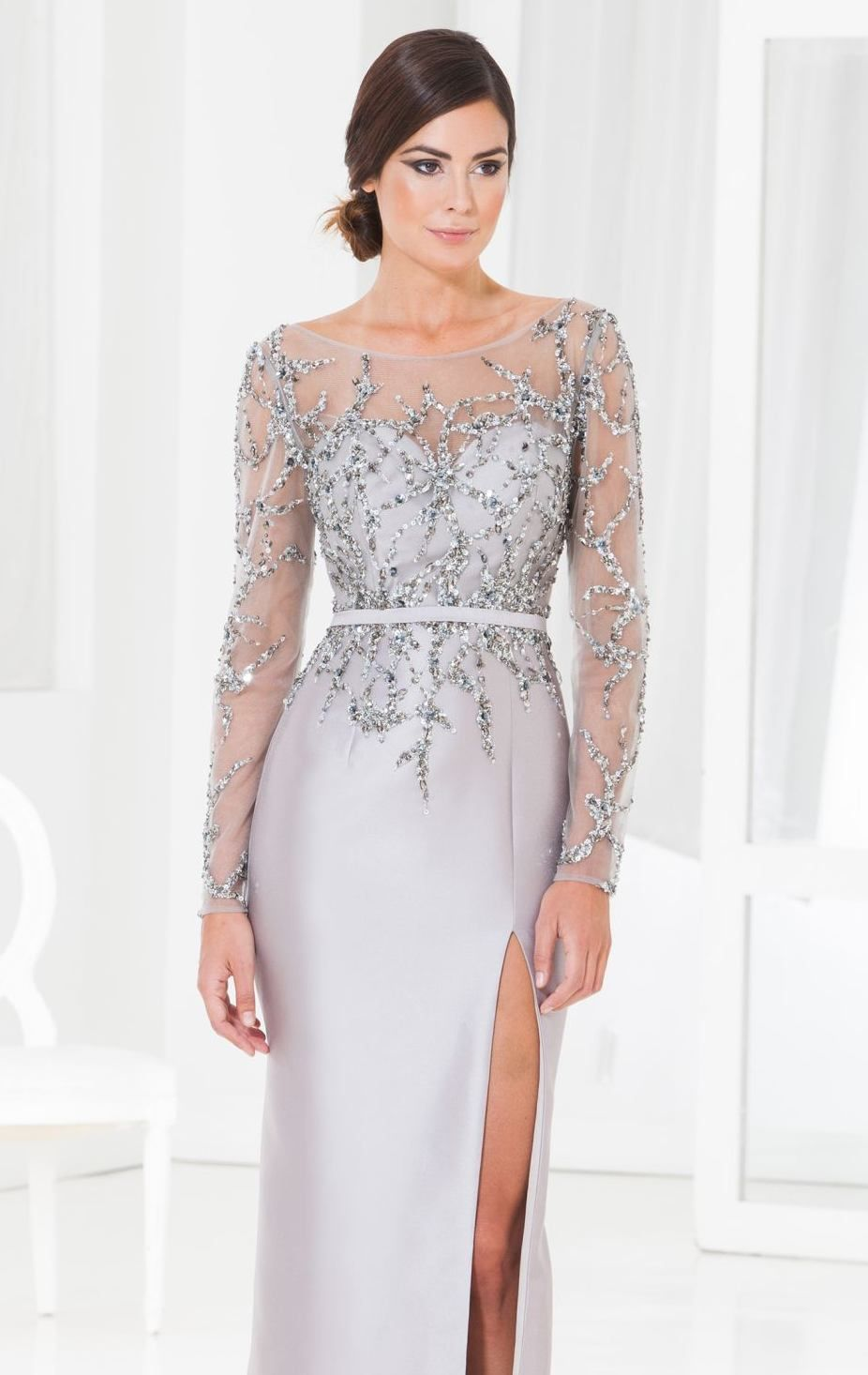Show off your natural beauty in Terani Couture Evening M3846. This ...