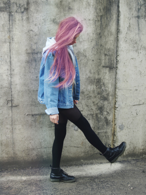 7c47d85be2 Pastel Pink Hair, jeans jacket, doc martins | Clothes in 2019 ...