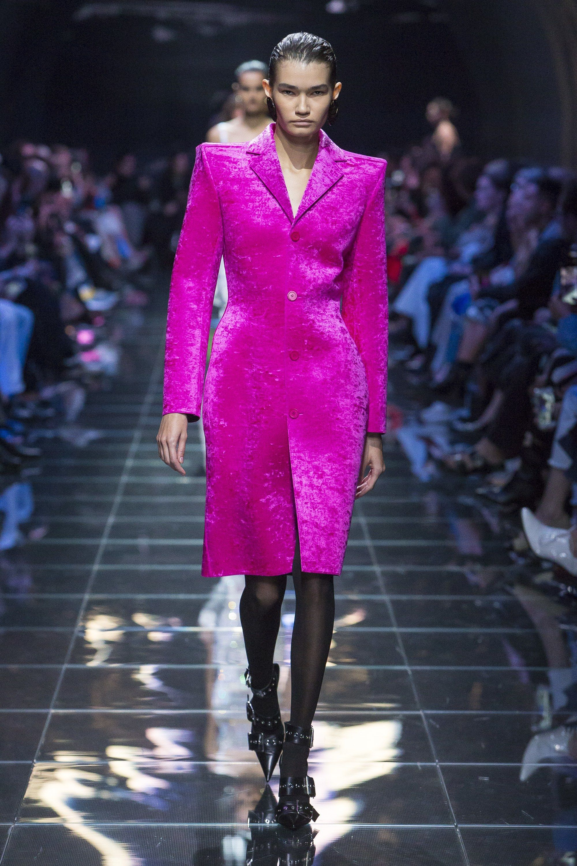 0c94aabb6ead Balenciaga Spring 2019 Ready-to-Wear Collection - Vogue #Balenciaga #fashion  #Koshchenets