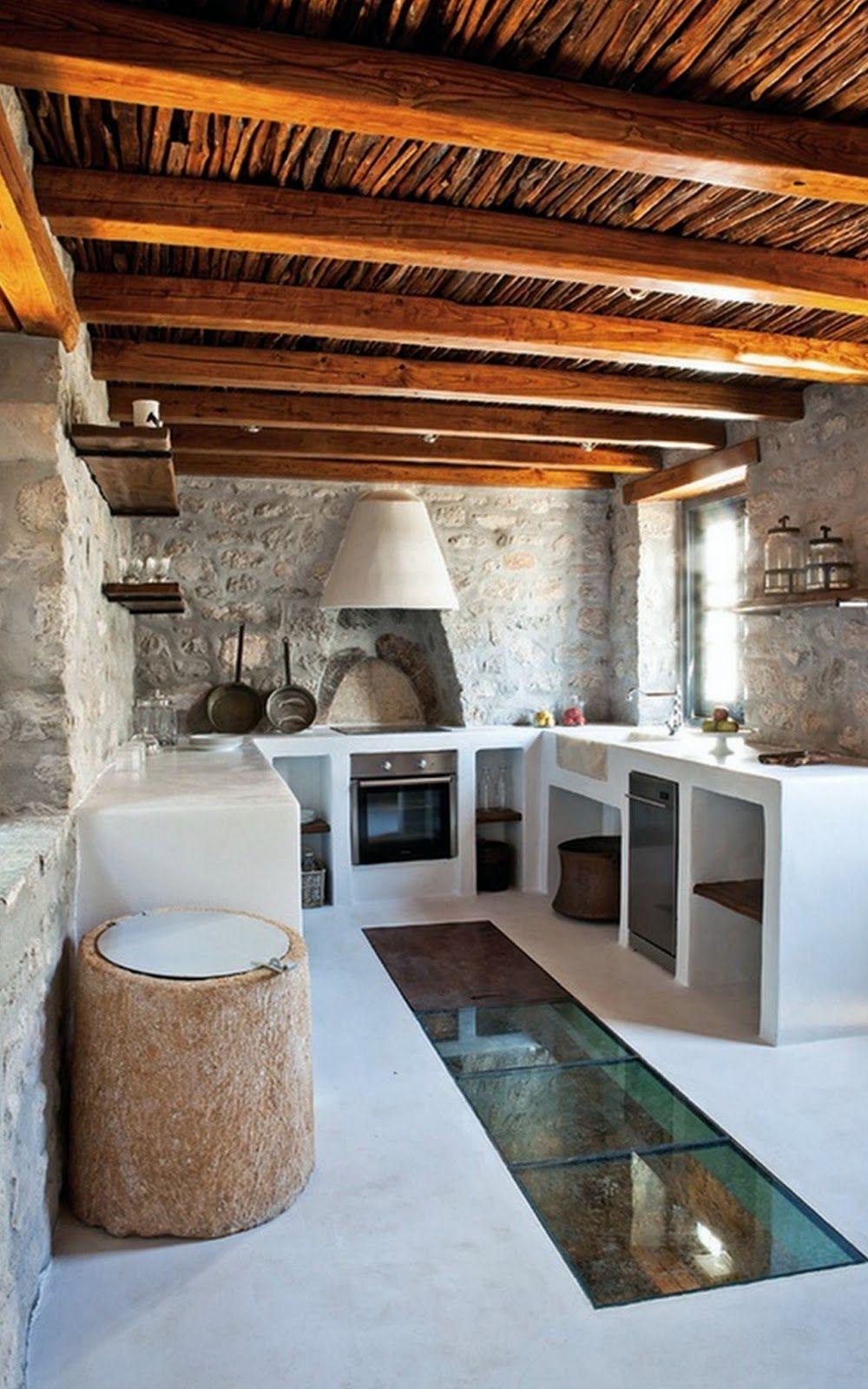 Cozinha R Stica Com M Veis De Alvenaria E Ch O De Vidro Com Vista