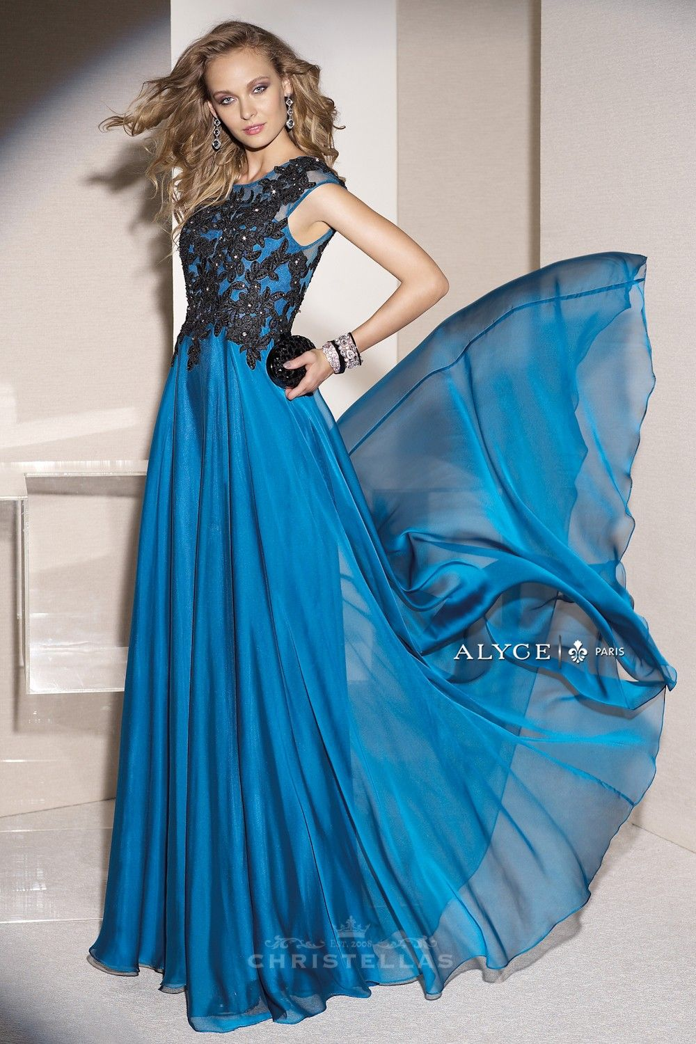 Lace appliqué and beading are radiant in this chiffon dress alyce