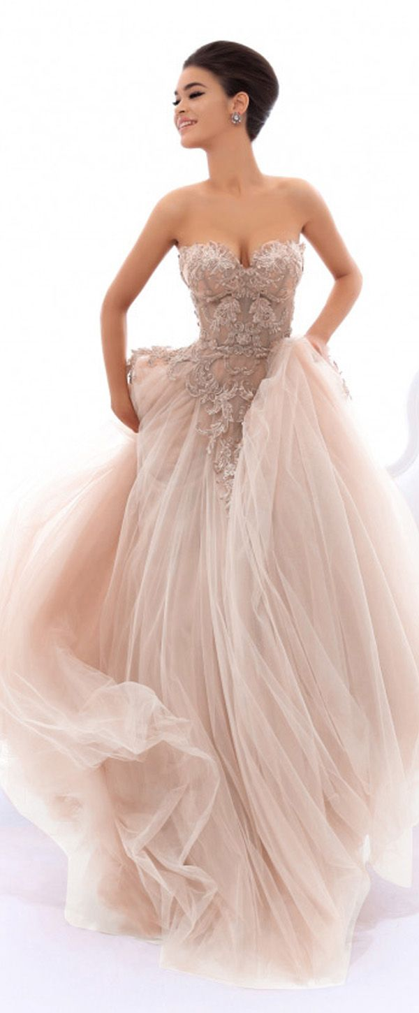Sophisticated Tulle Sweetheart Neckline A-line Prom Dress With ...