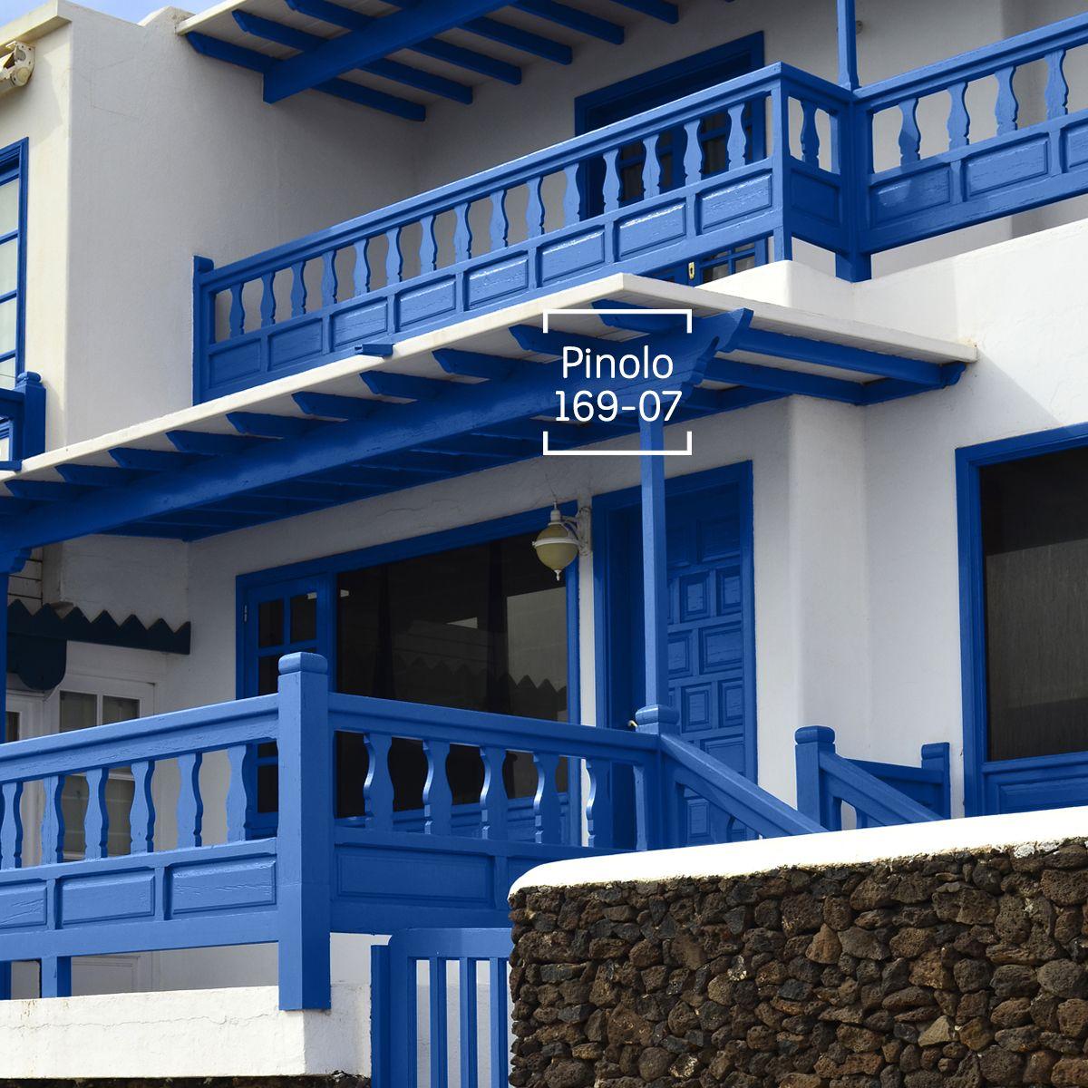 Colores que har n vibrar tu fachada exteriores for Decoraciones para exteriores de casas