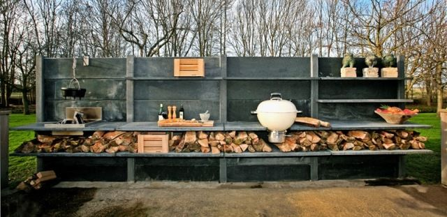 outdoor k che beton anthrazit utensilien abstellraum holz material terasse pinterest k che. Black Bedroom Furniture Sets. Home Design Ideas