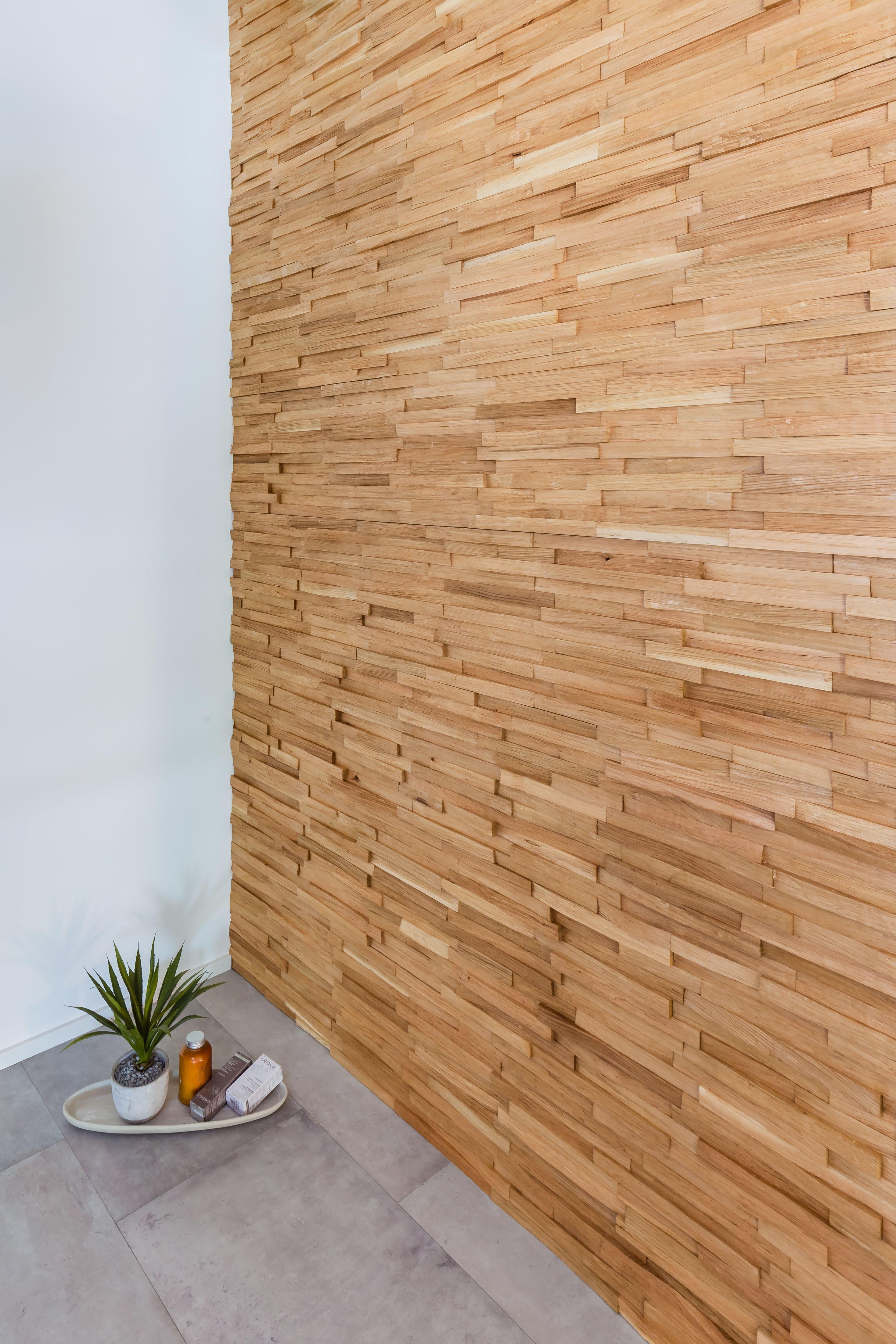 Stakkato Eiche Altholz Original Gehackt Diese Wandverkleidung Erzahlt Geschichte Sie Schafft In Ihren Raumen Ein Unvergleichli Altholz Wandverkleidung Holz