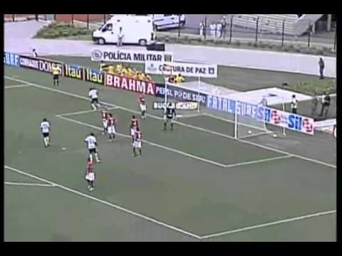 Roberto Carlos- Gol Olímpico Corinthians vs Portuguesa (2011) #video #calcio