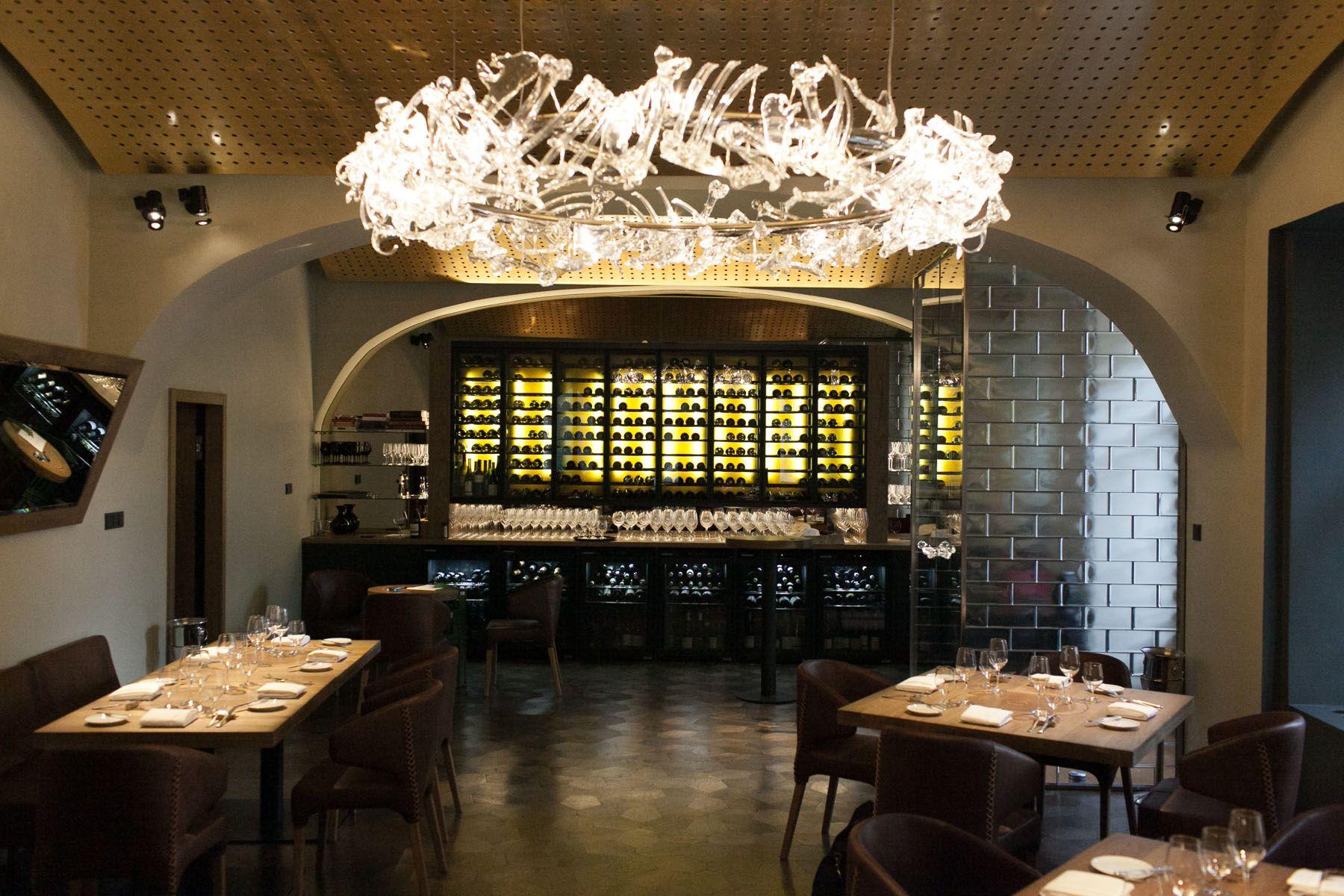 caprice A praha train Prague Michelin star restaurants guide