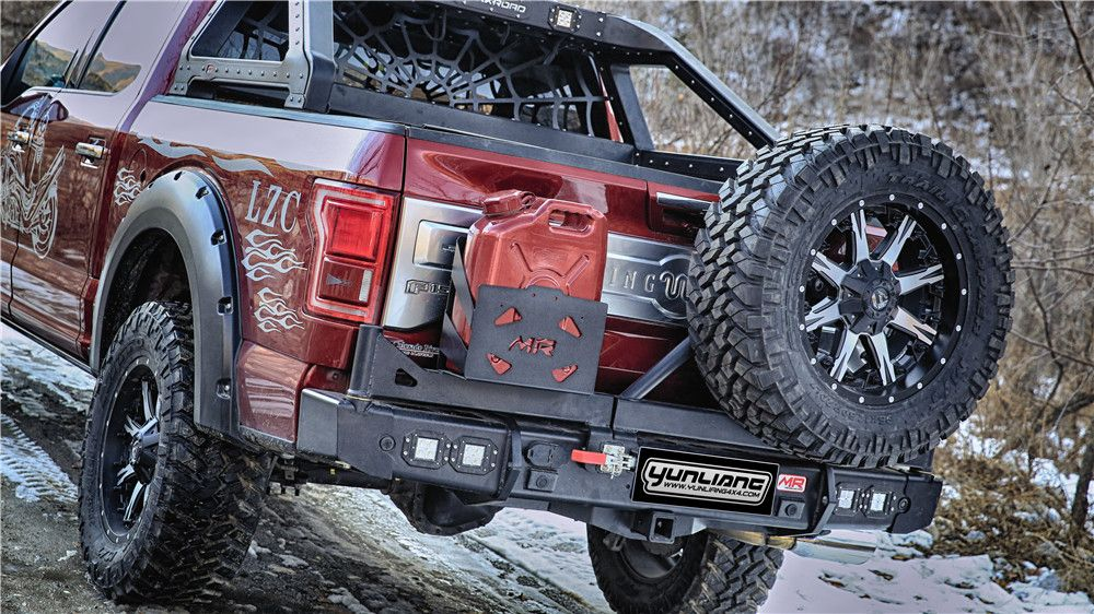 Rear Bumper With Fuel Tank And Tire Carrier For Fx4 Truck Mods