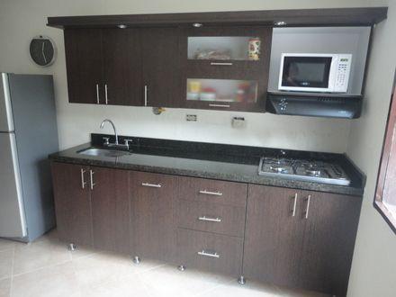 Fabricacion de cocinas integrales closets puertas for Fabricacion muebles de cocina