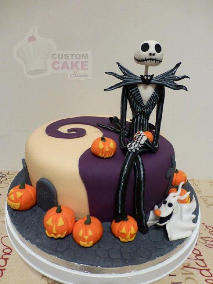 jack_skellington pumpkin king cake and topper