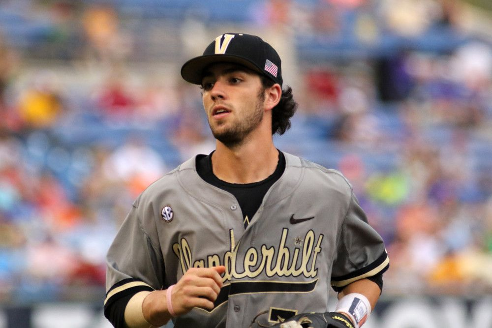 Monday Was A Pretty Good Day For Dansby Swanson First The Shortstop Plated