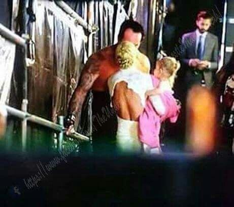 Undertaker backstage w...