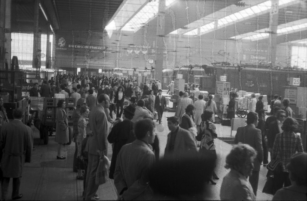 München Hauptbahnhof 1970 München, Hauptbahnhof, Leben
