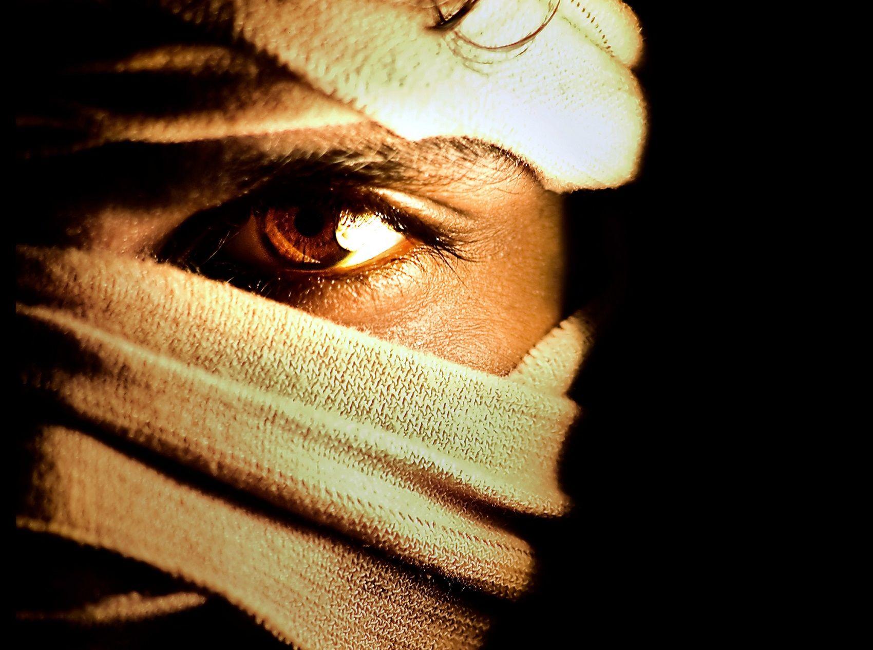 A mysterious mummified man