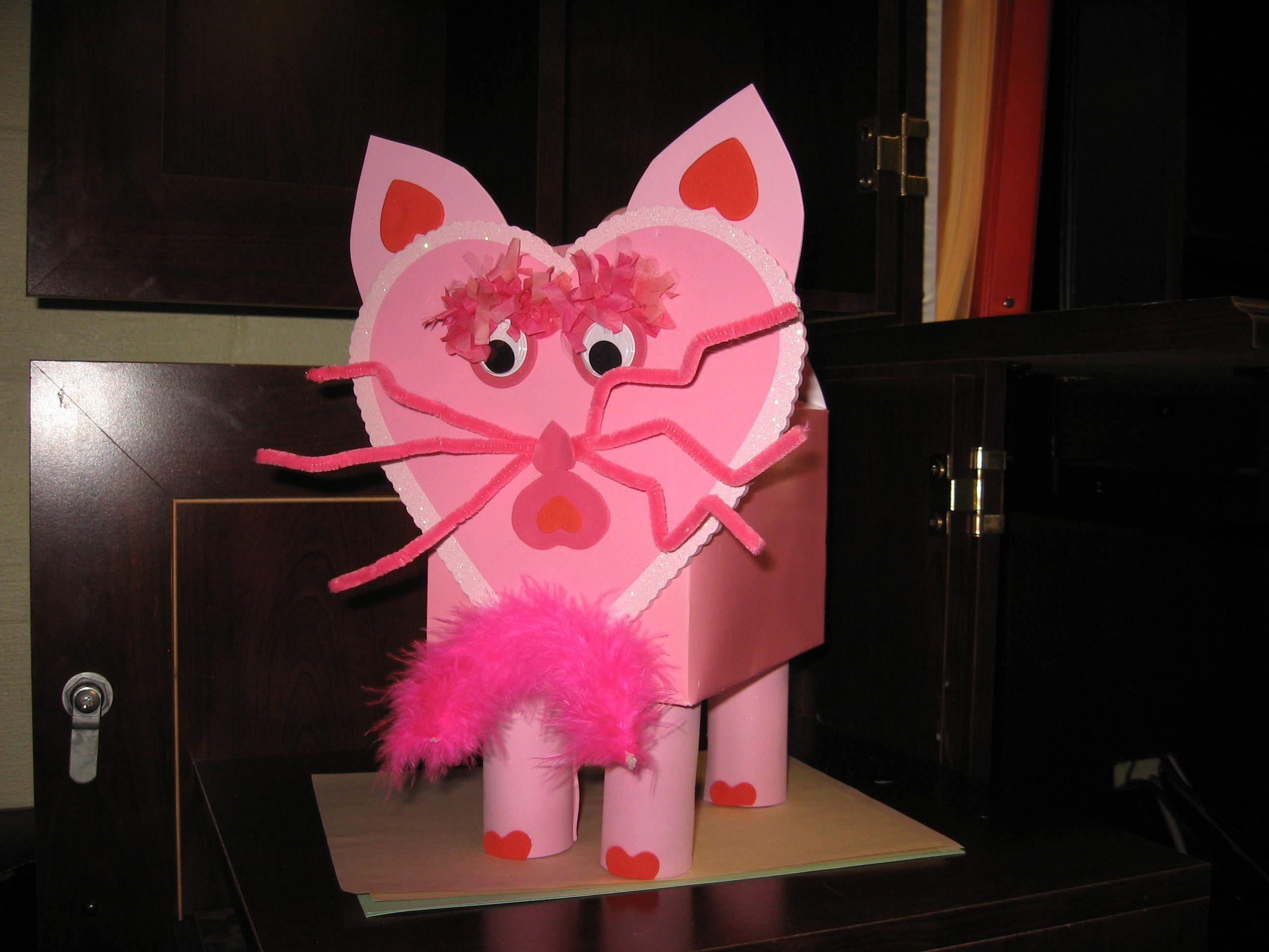 Pink Cat Valentine Card Box Cute valentines day ideas