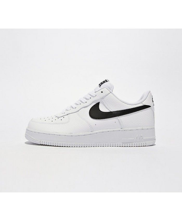 buy online e5652 5c090 Nike Air Force 1 07 Chaussures Blanc Noir