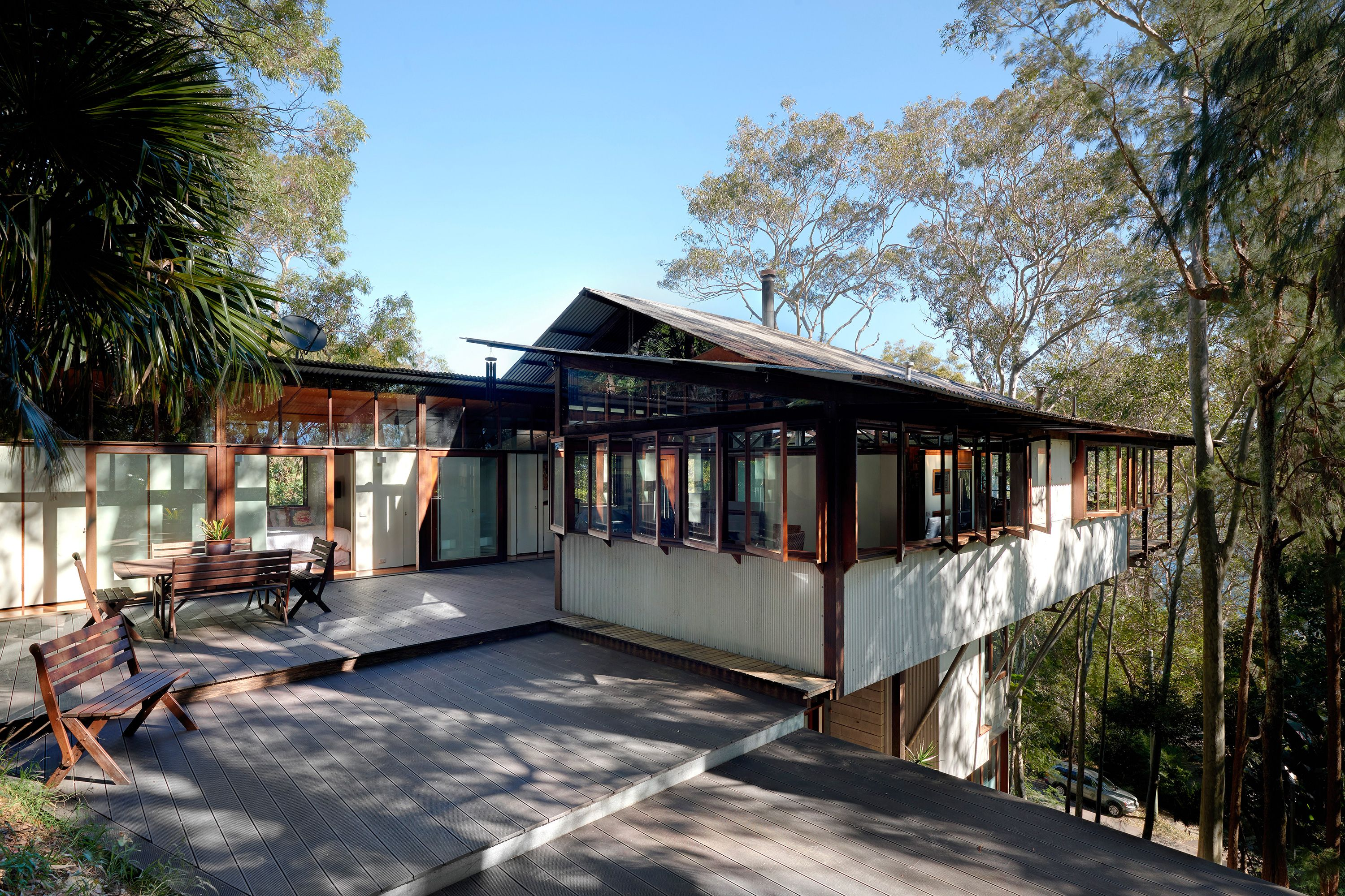 Architect-designed modern house for sale in Avalon. Treetop House by ...