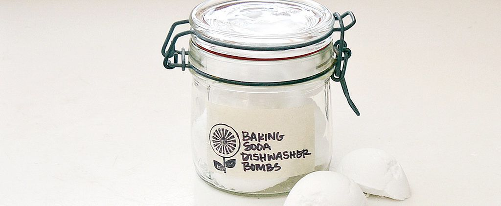 Instead of spending hours scrubbing your dishwasher, make these easy cleaning baking soda bombs that do all the work for you: