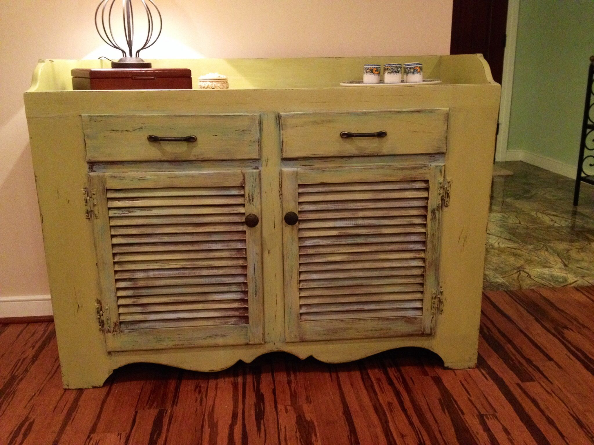 Paint colors for distressed furniture - Distressed Chalk Paint Furniture