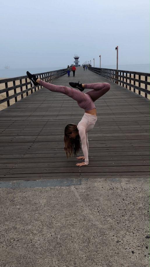 #handstand  #Yogi  #fitness  #flexibilityexercises  #flexibility  #exercises  #videos #Yoga #Flow #@...