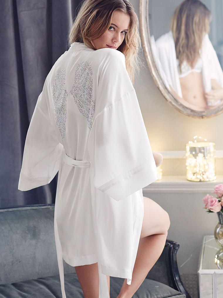 ef2994100b Fashion Show Wrap - Dream Angels - Victoria s Secret Japanese Kimono Robe
